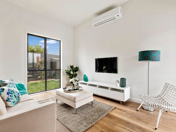 2/677 Warrigal Road, Bentleigh East, VIC