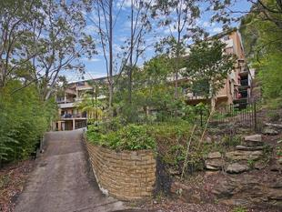 LEAFY OUTLOOK IN HANDY LOCATION! - Gosford