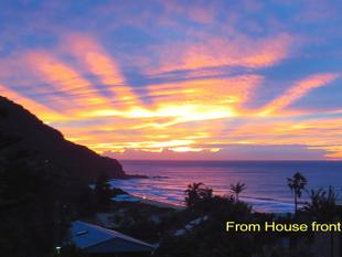 Beach House on Huge 1,018m2 Block With Panoramic Views. - Stanwell Park