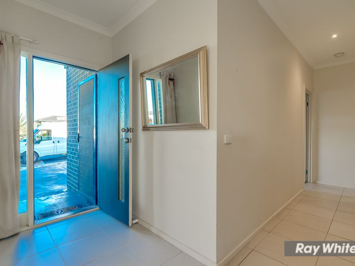 1/8 CRAIG Close, Truganina, VIC