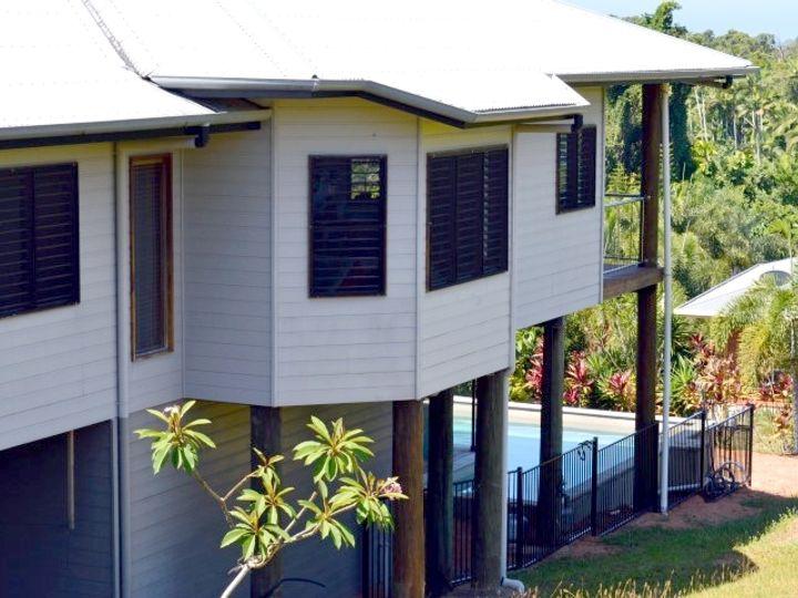 39 Dunkalli Crescent, Wongaling Beach, QLD