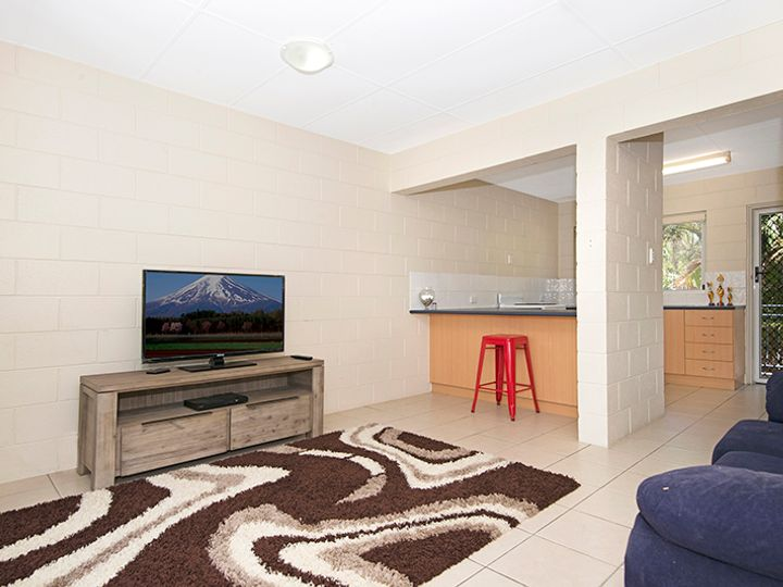 6/39 Armstrong Street, Hermit Park, QLD