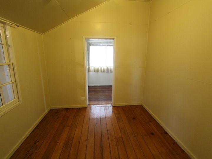 114 Albert Street, Morven, QLD
