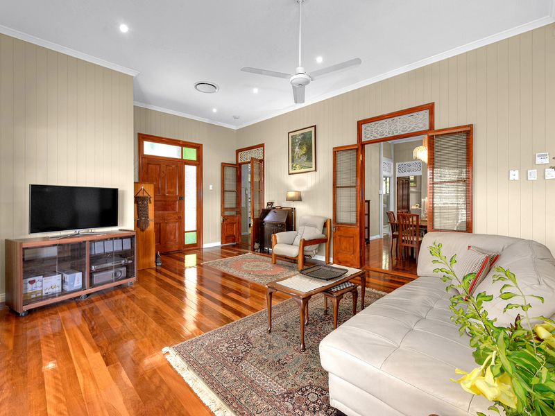 11 garrick terrace herston qld residential house sold