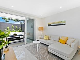 Ground Floor Luxury Apartment - Wynnum