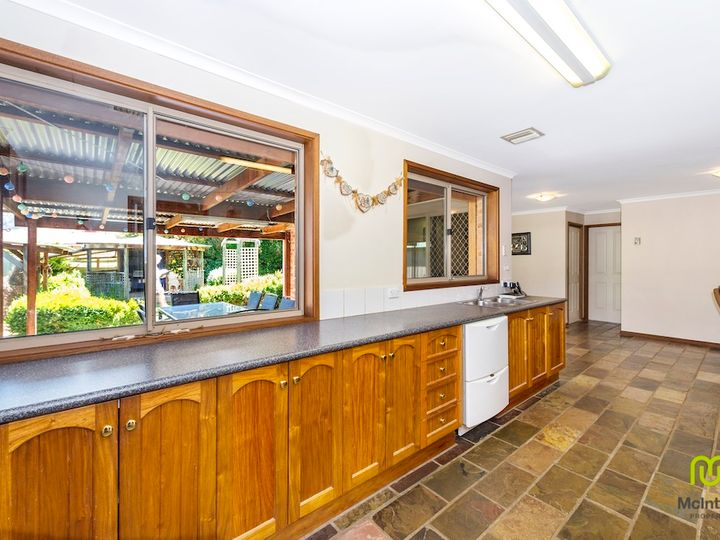 9 Wheelwright Crescent, Banks, ACT