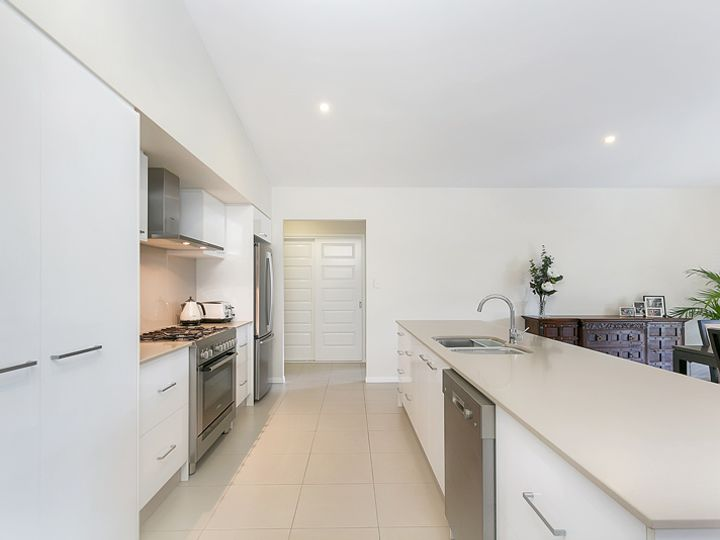 21 Catamaran Circuit, Trinity Beach, QLD