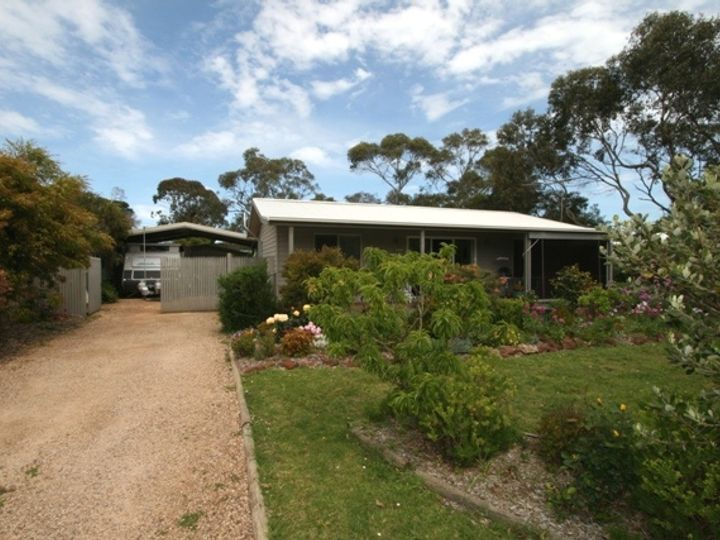 19 Morgan Street, Cowes, VIC