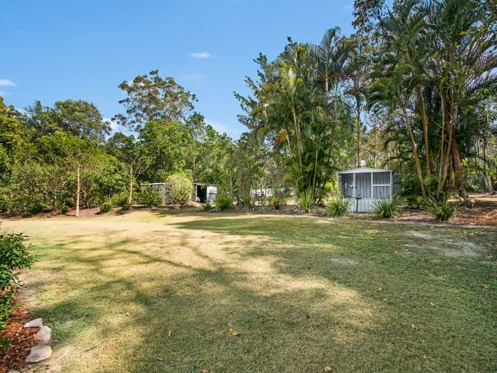 37 Calderwood Road, Landsborough, QLD