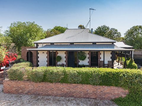 Jervois, 59 The Point Road