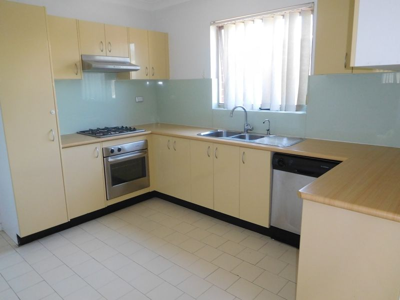 37 100 terminus street liverpool nsw rental unit for rent for Kitchens liverpool nsw