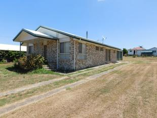 CLOSE TO MOST AMENITIES - Nanango