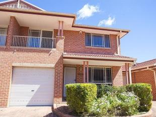 THREE BEDROOM TOWNHOUSE - Green Valley