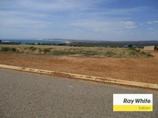 Large Block on a Quiet Street - Kalbarri