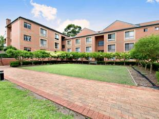 Top Floor Apartment in Great Location - Waitara