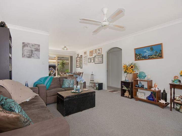 1/16 Parkview cresent, Yamba, NSW