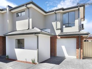 Brand New Townhouse close to everything - Point Cook