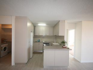 UNDER APPLICATION - Two Bedroom modern apartment in secure complex. - Queanbeyan
