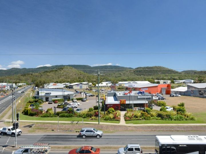 1/2B Reef Pl Cnr Shute Harbour Rd/Paluma Road, Cannonvale, QLD