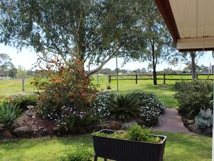PRICE REDUCTION - SET UP FOR HORSES - Rosenthal Heights