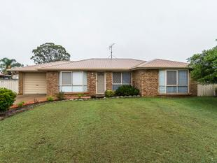 Spacious Three Bedroom Home Situated in Wilsonton!! - Wilsonton