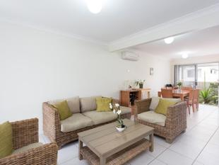 Modern Townhouse Perfect for Entertainers - Carseldine