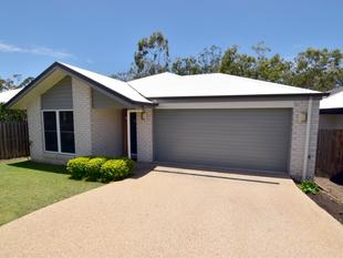 :: QUALITY FAMILY HOME IN HILL CLOSE ... WALK TO HARVEY ROAD TAVERN & BUNNINGS  (15 IMAGES) - Clinton