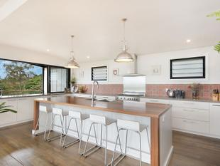 Style, Sophistication with a Stunning View - Goonellabah