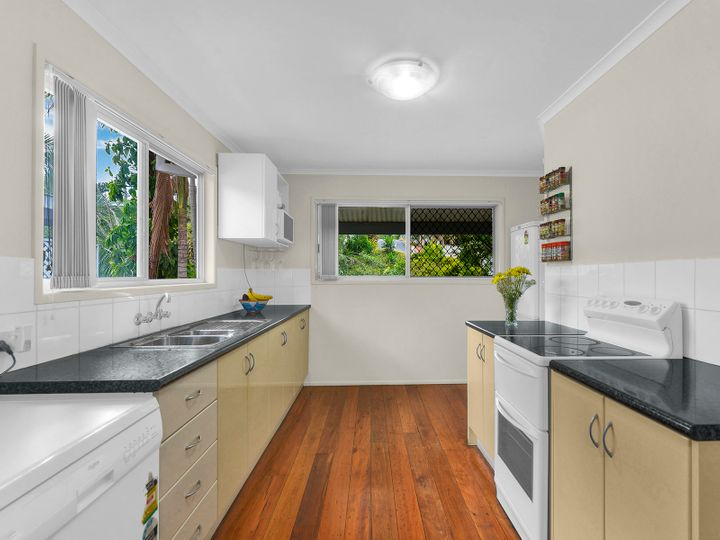 2 Dyne Street, Red Hill, QLD