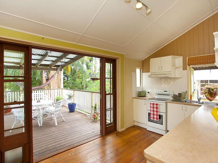 153 Jubilee Terrace, Bardon, QLD