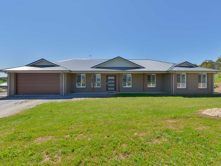 2 Stringybark Road, Tamworth, NSW