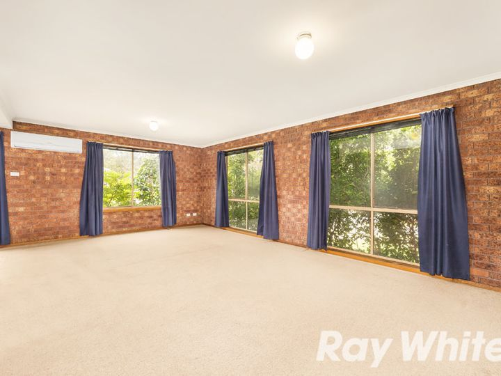 23 Wolangi Court, Greensborough, VIC