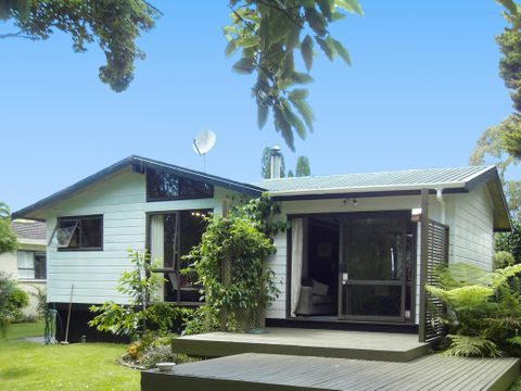 Chartwell, 14 Opal Place