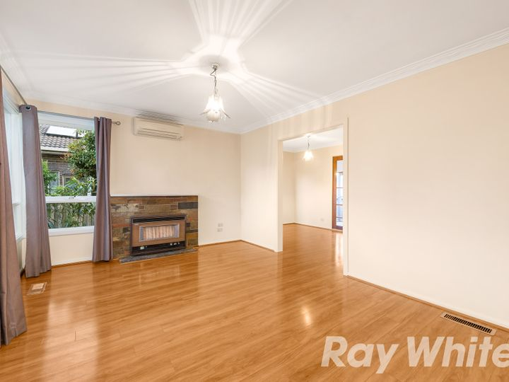 62 Robinlee Avenue, Burwood East, VIC