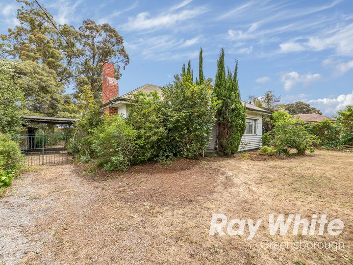 5 Hobson Street, Greensborough, VIC