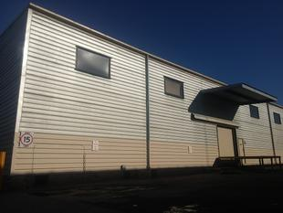 296m WAREHOUSE WITH ROOM FOR SHIPPING CONTAINER DROP - Virginia