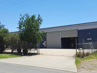 VIRGINIA 590m WAREHOUSE WITH FENCED YARD - Virginia