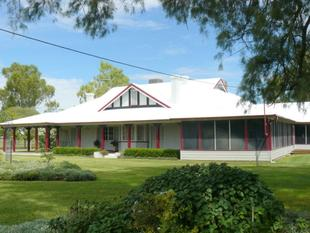 """Cooinoo"" Historic Homestead - 1904 - Moree"