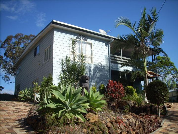 96 Crescent Drive, Russell Island, QLD