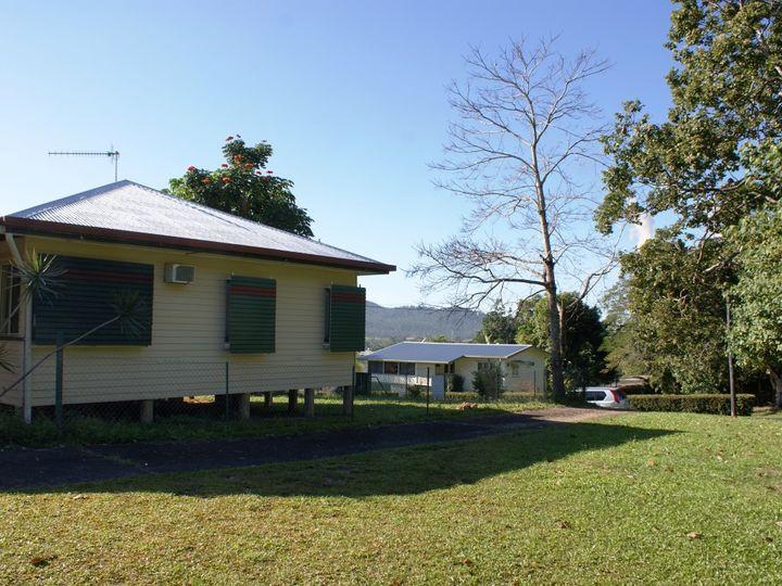 14 Edward Street, Tully, QLD
