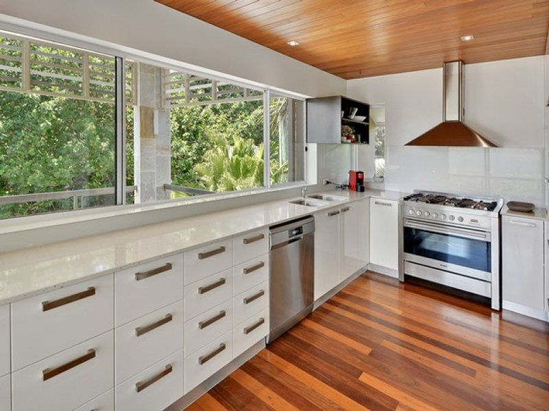 House leased shelly beach qld 24 victoria terrace for 24 victoria terrace shelly beach
