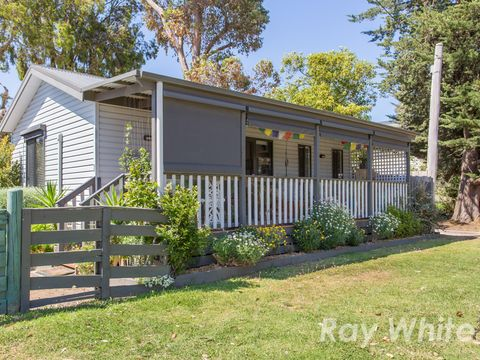 Somers, 52/93 Camp Hill Road