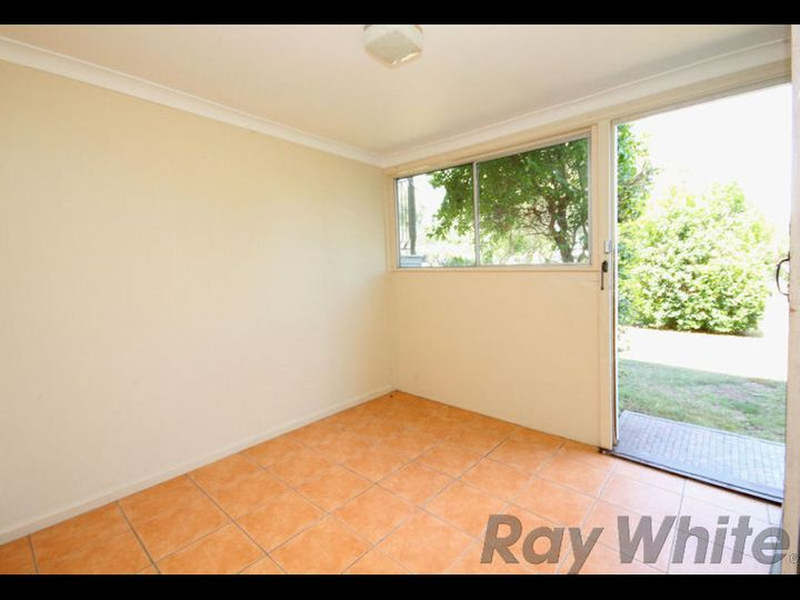 41 Raceview Street, Eastern Heights, QLD