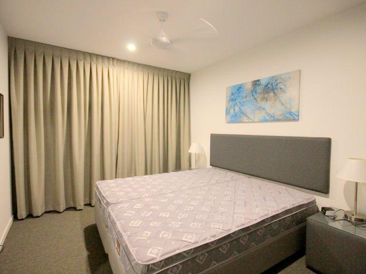 137/2729-2733 Gold Coast Highway, Broadbeach, QLD