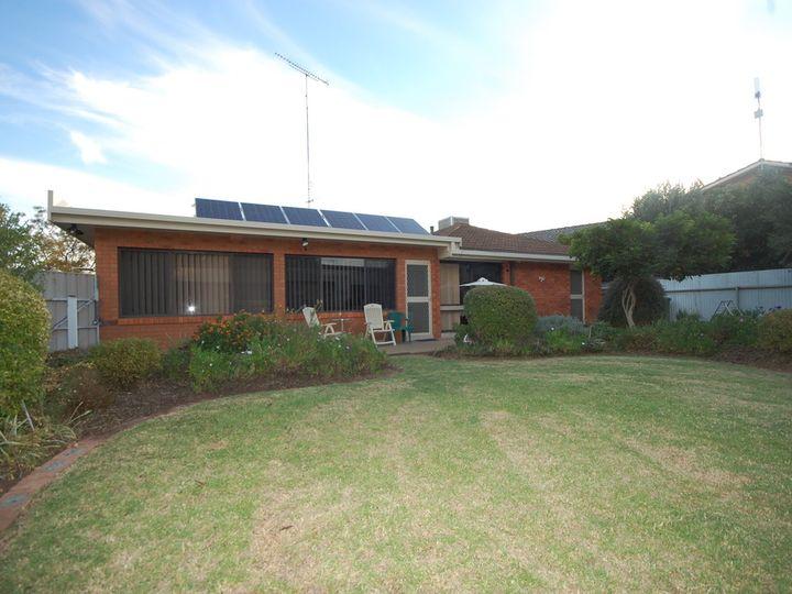 12 Rhoda Place, Yoogali, NSW