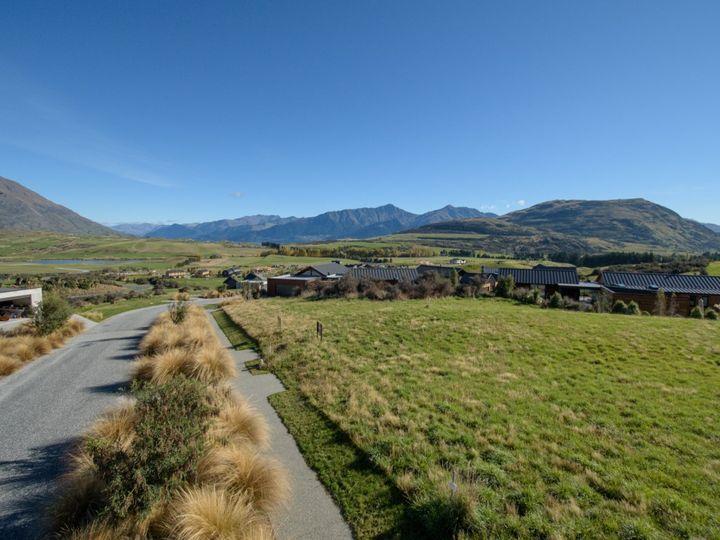 17 McKellar Drive, Jacks Point, Otago