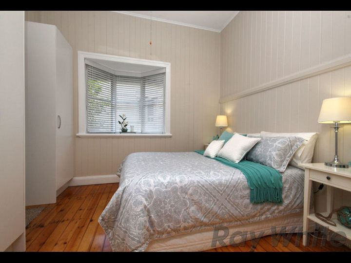 4 Cramb Street, Eastern Heights, QLD