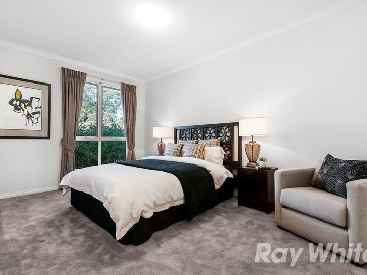 1/13 Rolls Court, Glen Waverley, VIC