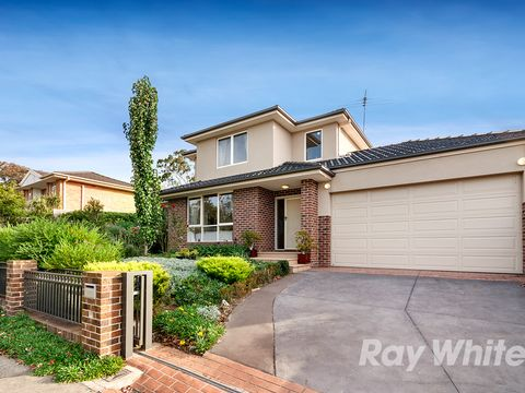 Glen Waverley, 1/13 Rolls Court