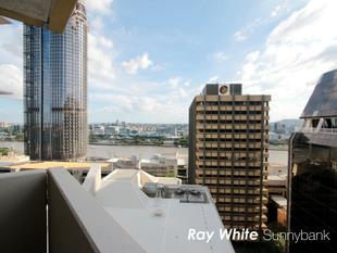 CBD Location with River Views - Brisbane